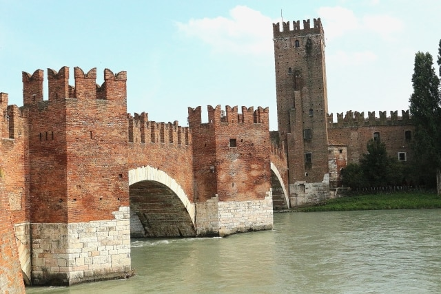 Verona, Castelvecchio Scaliger Bridge on the Adige river