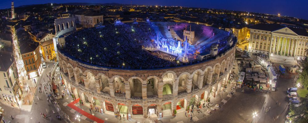 Roman amphitheatre opera season, Verona
